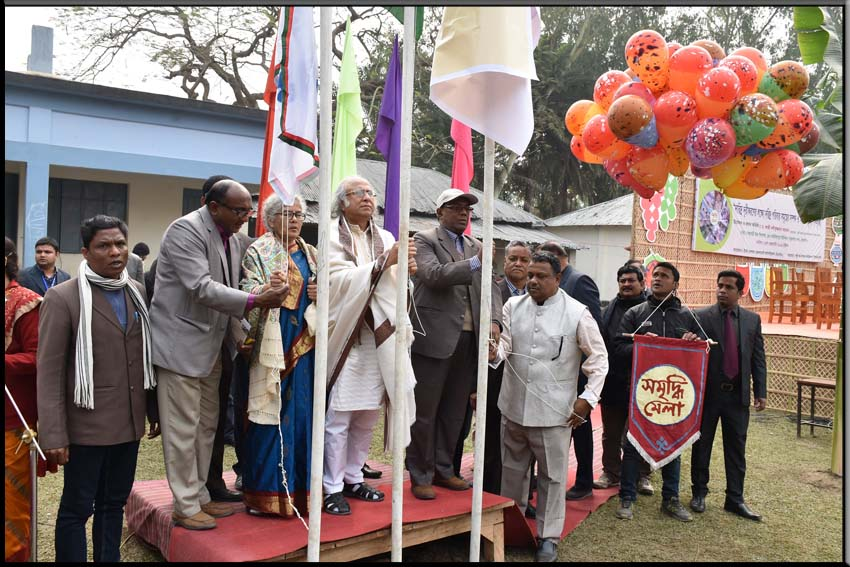 Dr. Qazi Kholiquzzaman Ahmad, Chairman of PKSF governing Body, is inaugurating an 'ENRICH Development Fair' in Thakurgaon