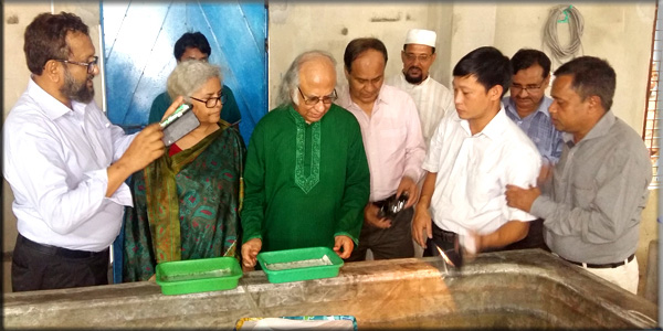 Crablet-Observation by PKSF high officials in Crab Hatchery