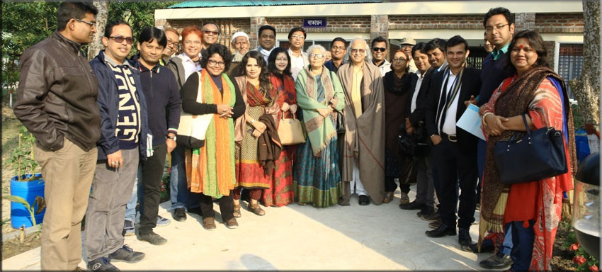 Members of the visiting delegation pose for a photo before leaving for Dhaka